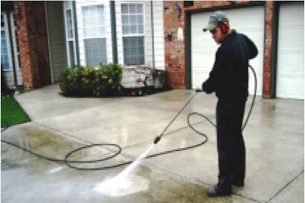 cleaning-driveway-2